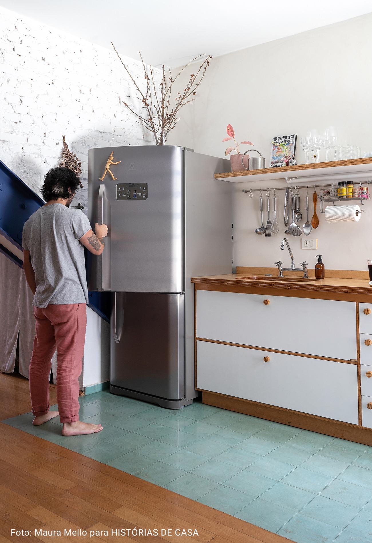 cozinha com piso de