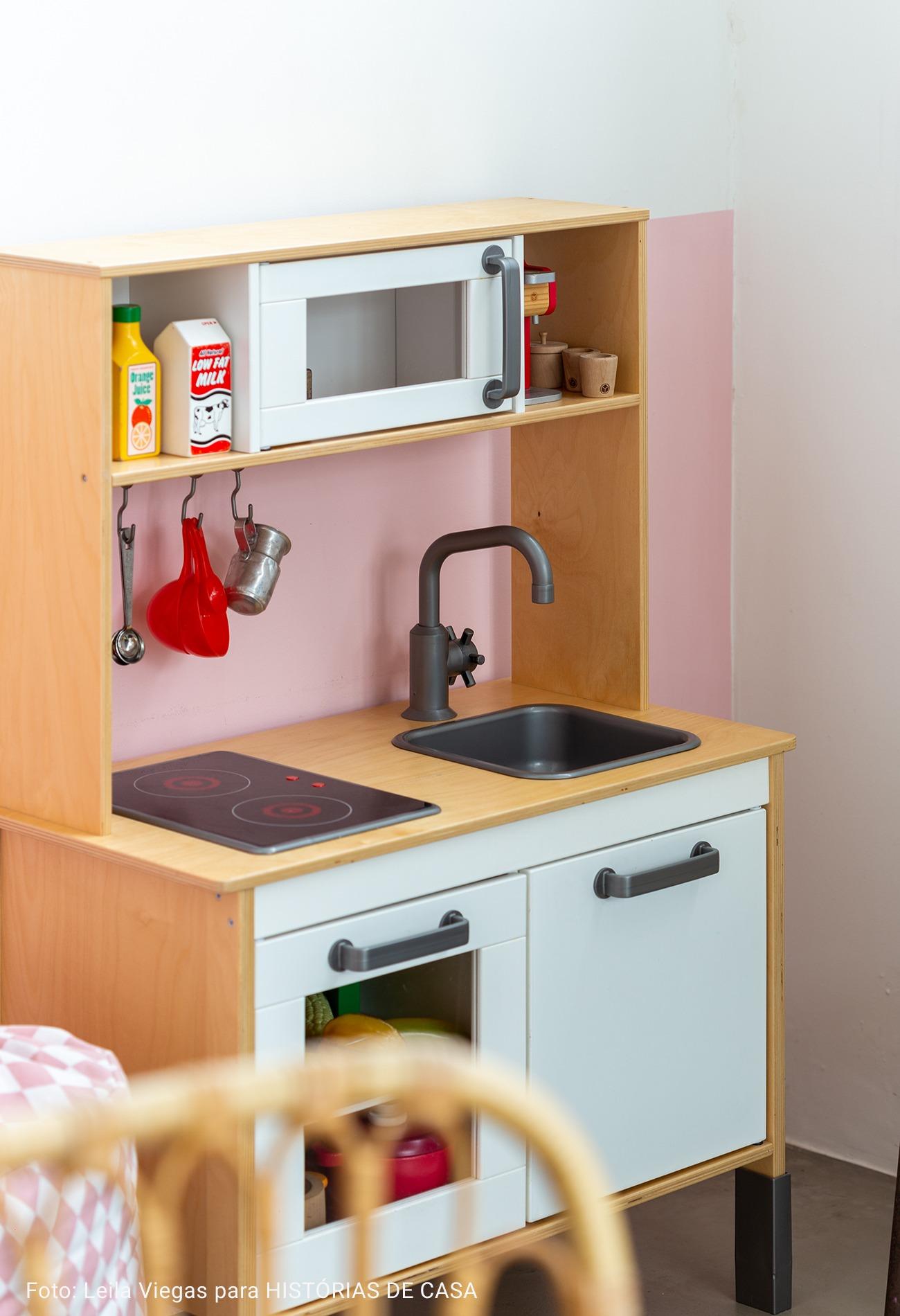 cozinha de madeira infantil