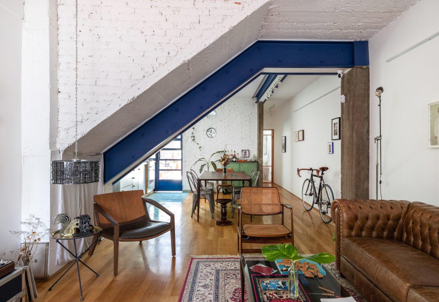 casa com pegada industrial e vintage