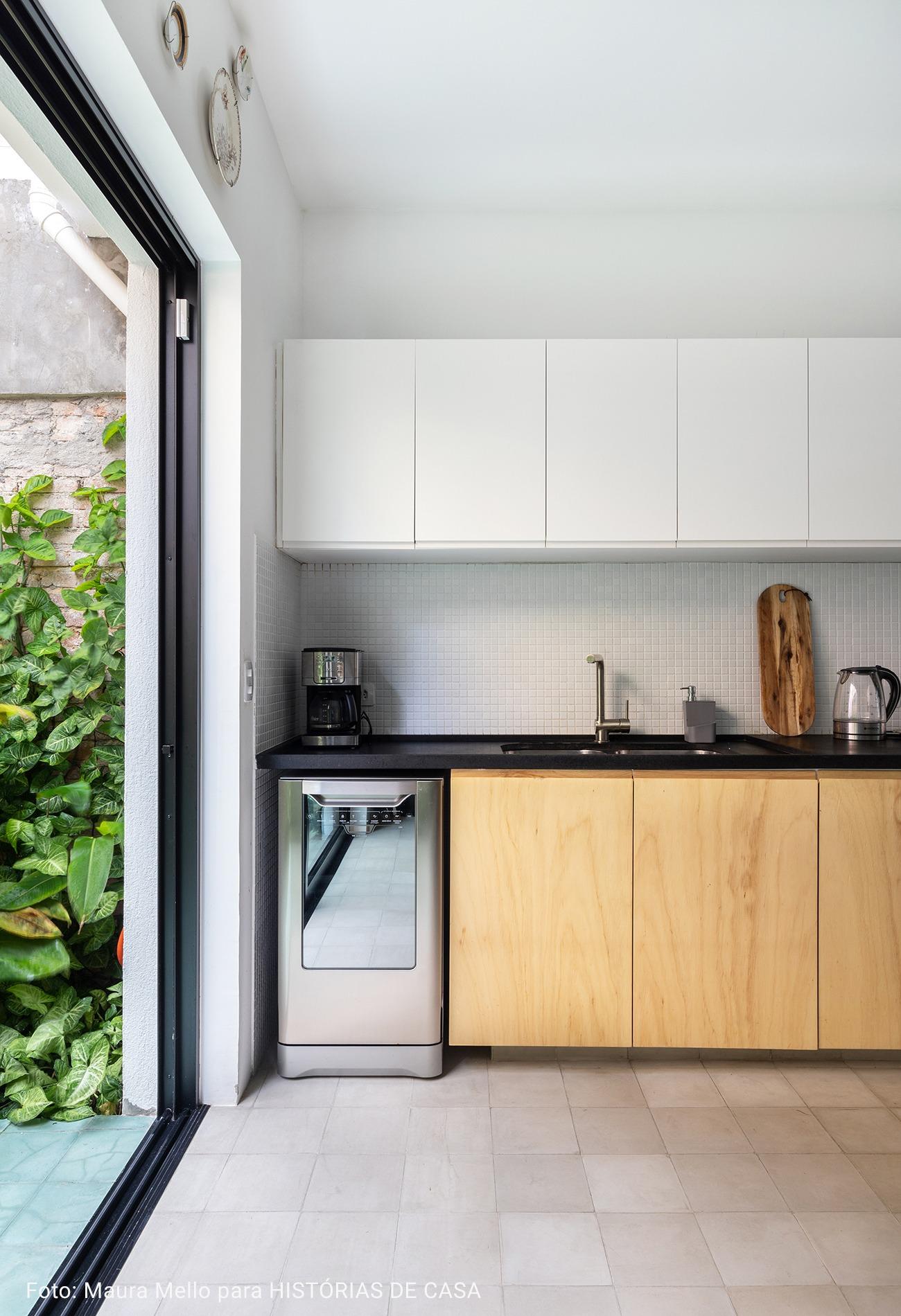 cozinha com piso de concreto