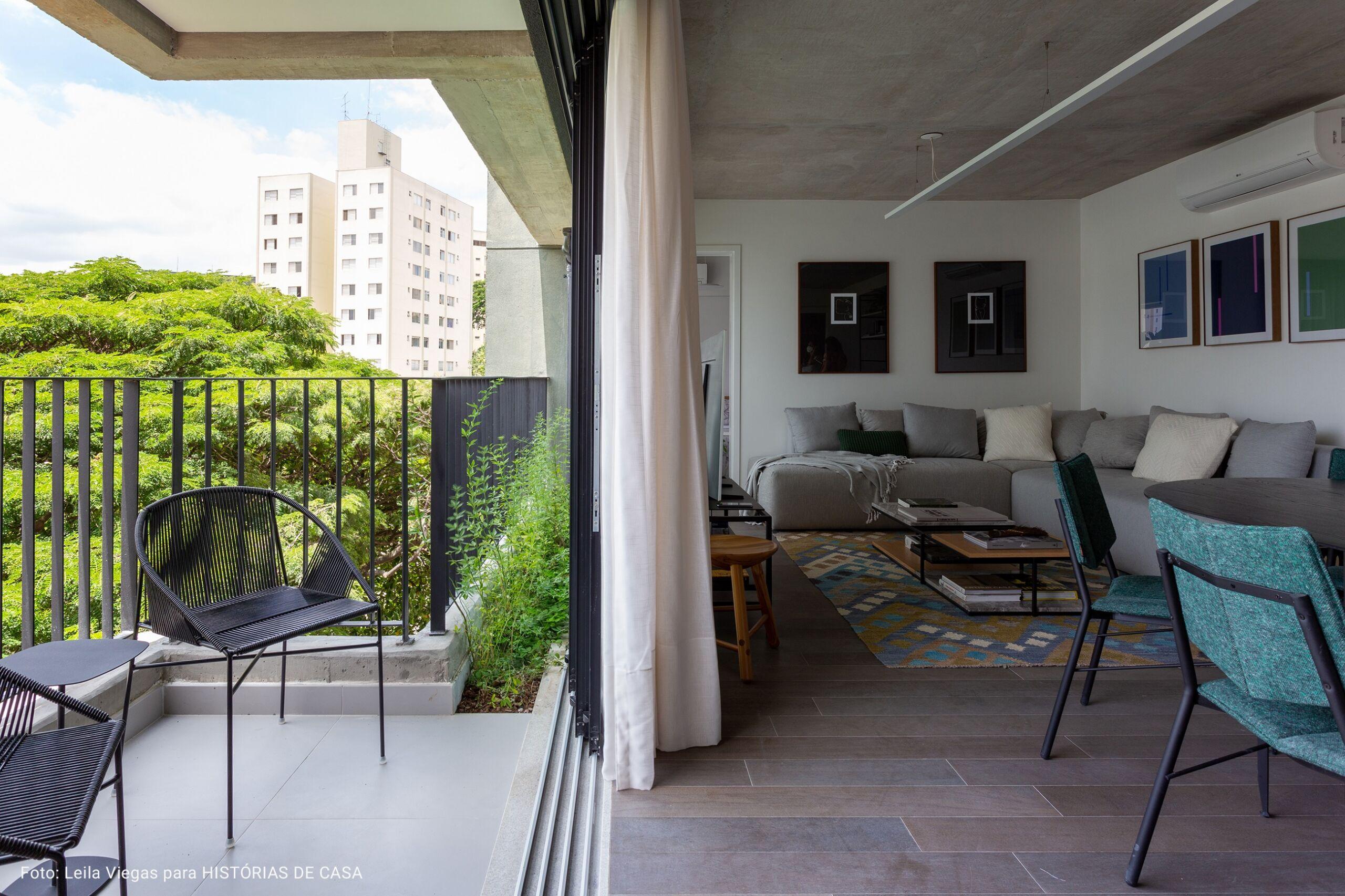 sala com varanda ampla