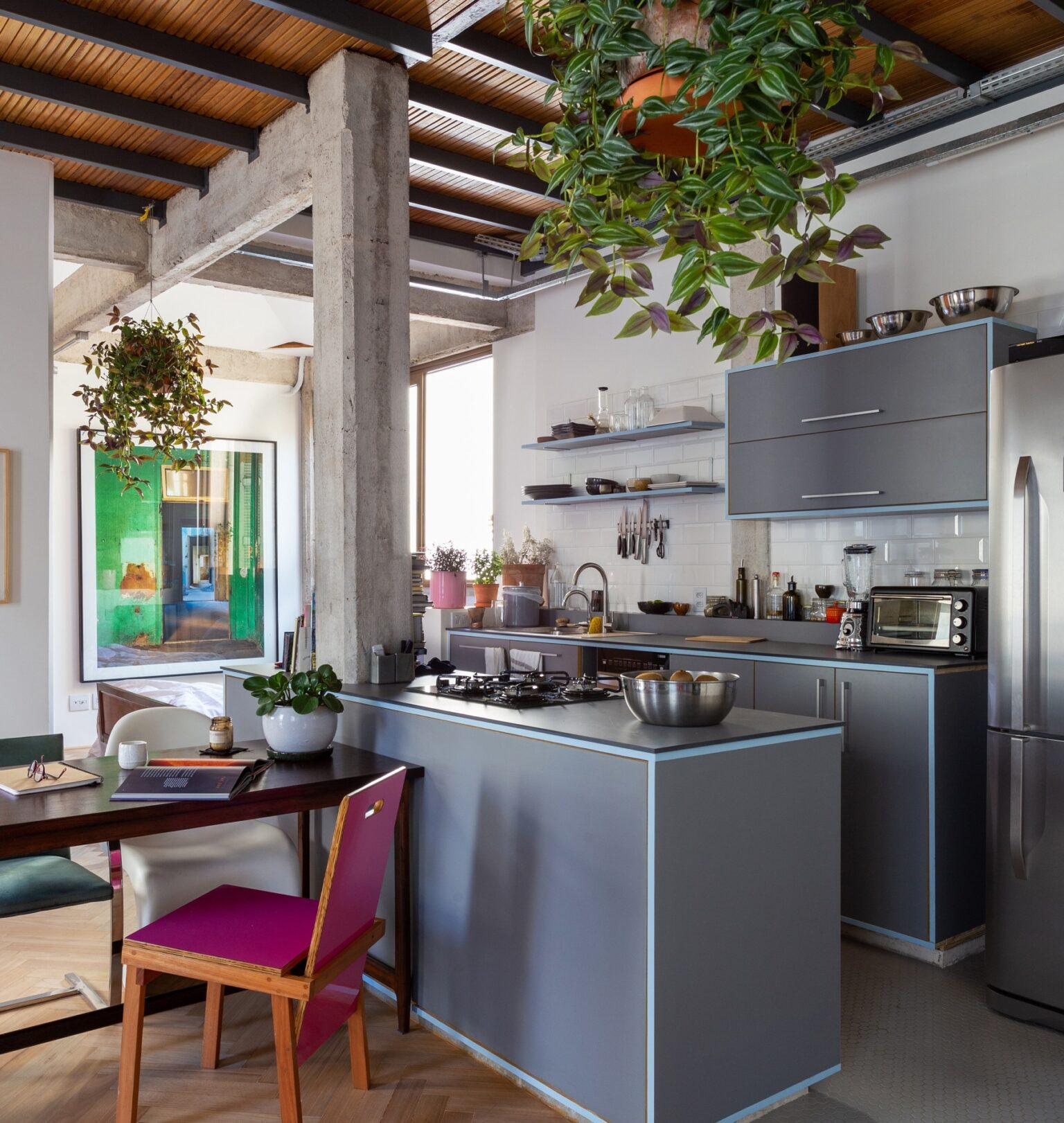 cozinha com cooktop moderno