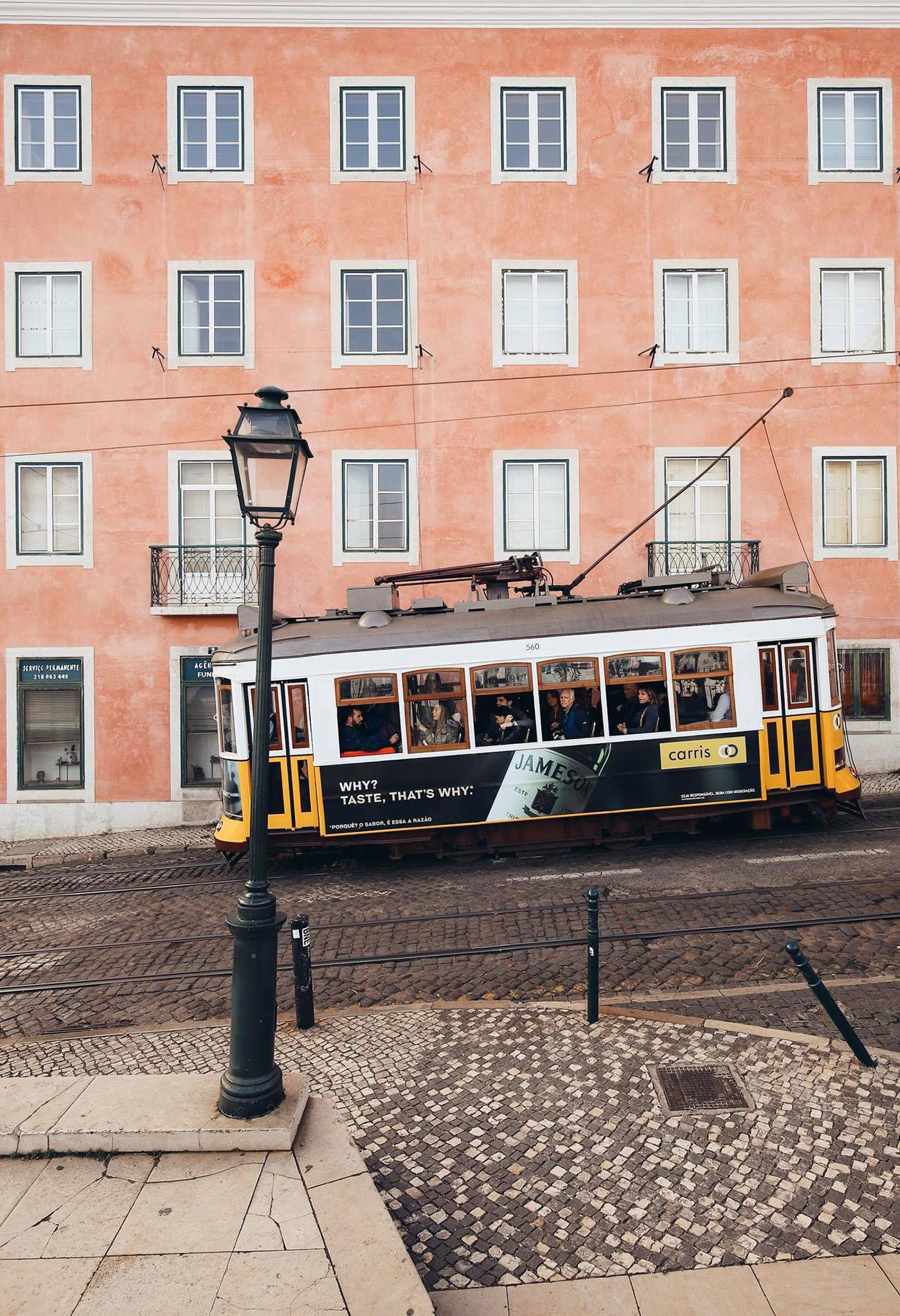 Viagem por Lisboa, fachadas coloridas