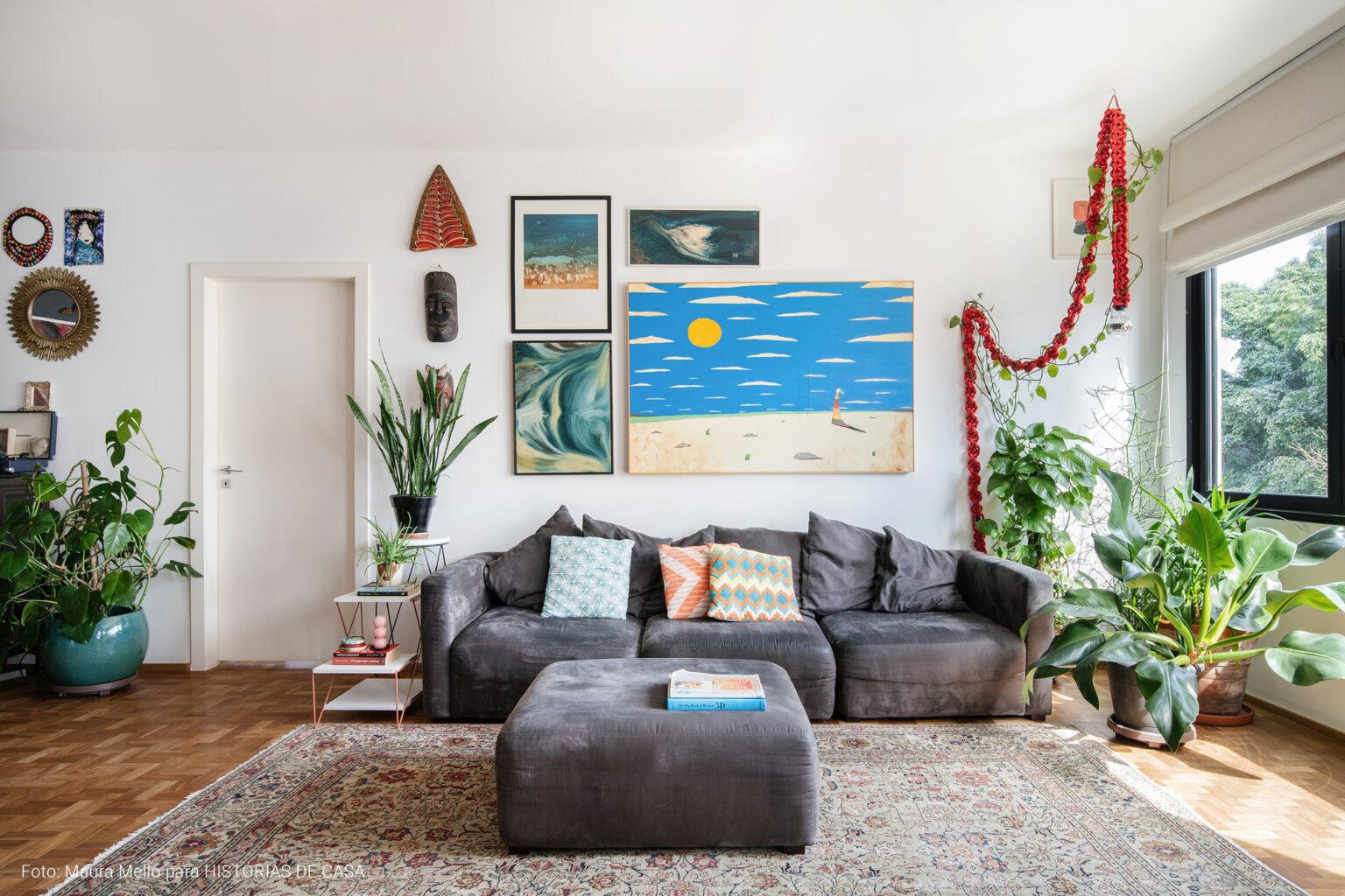 Apartamento colorido e feito para receber, Histórias de Casa